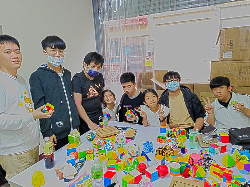 3月13日魔方遊樂場活動照,一群桃園玩家來玩